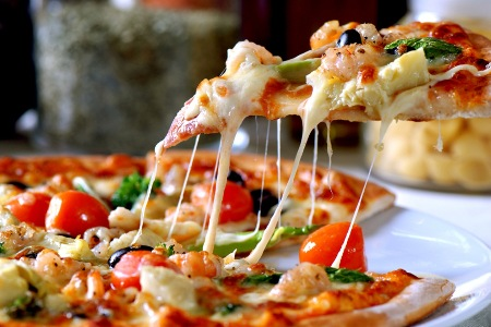 groupon-philippines-carlos-pizza-deal